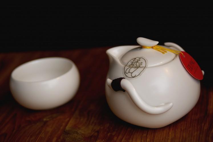 Eilong Chinese Cloud Tea Set from Blue Lantern Tea